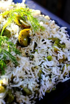 Baghali Polo (Persian rice with Fava Beans + Fresh Dill) Rice Recipes, Indian Food Recipes, Vegetarian Recipes, Cooking Recipes, Healthy Recipes, Ethnic Recipes, Arabic Recipes, Eat Healthy, Dessert Recipes