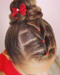 """11 Likes, 1 Comments - Mania de Penteado (@maniadepenteado) on Instagram: """"#trança, #trançafalsa, #coque, #penteadoinfantil, #hairstyle, #peinados, #trenza, #maniadepenteado"""""""