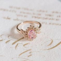 Super Jewerly Aesthetic Royal Ideas - Super Jewerly Aesthetic Royal Ideas Source by stardustic - Princess Aesthetic, Pink Aesthetic, Aesthetic Rings, Creme Und Gold, Disney Mode, Aphrodite Aesthetic, Claire Pettibone, Poster Design, Girly