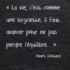 Albert Einstein a toujours raison! Citation Einstein, Albert Einstein Quotes, Great Quotes, Love Quotes, Inspirational Quotes, Funny Quotes, French Quotes, Quotes About Moving On, Some Words