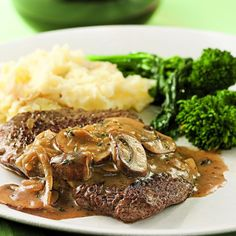 Robin: This was good - other than the cube steaks I got from Super Target were loaded with fat. That was a first... Cube Steak with Mushroom-Sherry Sauce