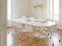 Table ovale DIZZIE H 74 Collection Dizzie by Arper   design Lievore Altherr Molina