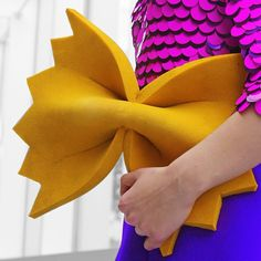 Etsy の Farfalle Bow Clutch Purse Bag Food Jewelry by rommydebommy Cute Purses, Purses And Bags, Bow Clutch, Exactly Like You, Cake Shapes, Unique Bags, Unique Purses, Mellow Yellow, Whimsical