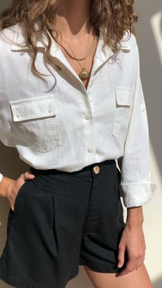 28 spring fashion that looks cool necklace , 28 Spring Fashion That Make You Look Cool , Street Style Outfit Source by adnatiosqual Street Style Outfits, Mode Outfits, Casual Outfits, Fashion Outfits, Womens Fashion, Fashion Ideas, Woman Outfits, Latest Fashion, White Short Outfits