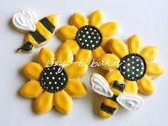 Sunflower Flower Cookies & Bees   Lizy B Bakes