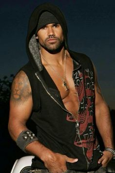I love me some shemar moore on pinterest shemar moore for Shemar moore back tattoo