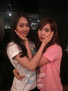 f(x) Krystal Jung & Jessica Jung