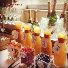 Wedding Drink Bar And Station Ideas That You'll Love - Bridal shower - Bar Mimosa, Bubbly Bar, Mimosa Brunch, Brunch Drinks, Bellini Bar, Mimosa Breakfast, Sangria Bar, Drink Bar, Bar Drinks
