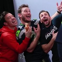 "Jimmy Fallon, Chris Pratt, and Chris Evans...""need to find the video behind this..."""