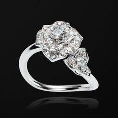 White gold Diamond Ring G34UT300 - Piaget Luxury Jewelry Online