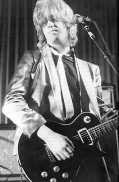 James Honeyman-Scott founder and guitarist for The Pretenders,  4th November 1956 - 16th June 1982, what might have been.......