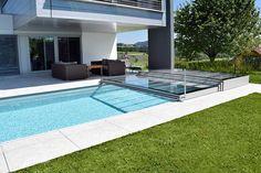 Fun Reasons To Own Luxury Swimming Pools – Pool Landscape Ideas Luxury Swimming Pools, Luxury Pools, Indoor Swimming, Swimming Pools Backyard, Pool Landscaping, Backyard Pool Designs, Patio Design, Pool Spa, Swimming Pool Enclosures