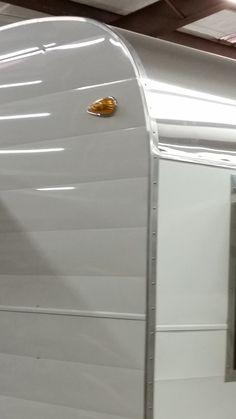 Aluminum corner edge molding – Atomic Camper Parts Boler Trailer, Camper Trailers, Tiny Trailers, Travel Trailers, Vintage Caravans, Vintage Trailers, Vintage Camper Redo, Vintage Campers, Cabover Camper