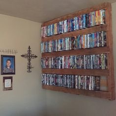 """Rustic DVD rack .. """"Stained pallet""""   My DIY projects ..."""