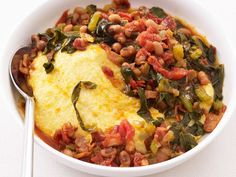 Grits with Bacon and Beans: For a hearty yet healthy dinner with minimal prep work, try creamy grits over bell peppers, onions, collard greens and black-eyed peas. Using skim milk to prepare the grits will cut back on excess calories and fat.