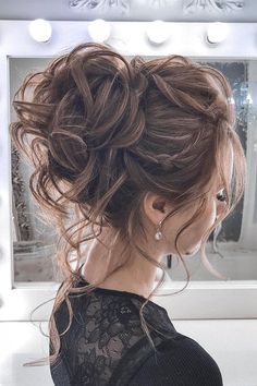 44 Messy updo hairstyles – The most romantic updo to get an elegant look Schnelle Frisuren Summer Wedding Hairstyles, Homecoming Hairstyles, Wedding Hairdos, Graduation Hairstyles, Hairstyle Wedding, Chic Hairstyles, Bride Hairstyles, Hairstyle Ideas, Elegant Hairstyles