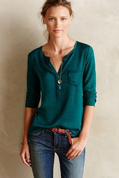 Verso Henley, casual look Sweater Outfits, Fall Outfits, Casual Outfits, Cute Outfits, Teal Shirt, Green Shirt, Look Fashion, Autumn Fashion, Fashion Outfits