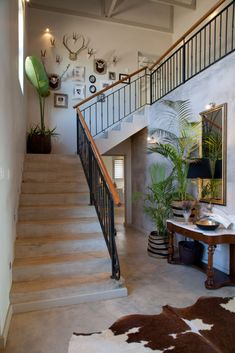 Country style KZN house entrance hall