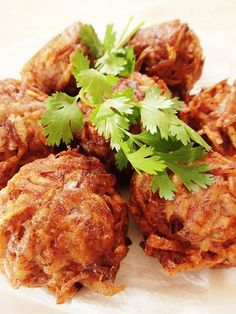 Gato Arouille/Taro Fritters – Heaven on a Spoon Taro Recipes, Mauritian Food, My Favorite Food, Favorite Recipes, Indian Food Recipes, Ethnic Recipes, Chinese Recipes, Caribbean Recipes, Public Holidays