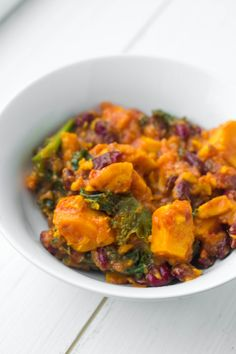A winter warming vegetarian chilli, with sweet potato, kale and kidney beans. Frugal, healthy and extremely delicious!