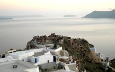 A tour in Santorini's center and northern tip, the villages of Kontochori and Finikia with a Sunset in Oia. Santorini Tours, Santorini Island, Famous Wines, Boat Tours, Walking Tour, Cruise, Explore, Sunset, Travel