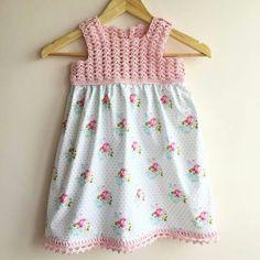 Bebek elbisesi