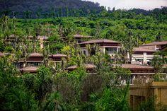 Wanda creates a sanctuary in the lush mountainside of Yunnan, China #landscape #architecture #hotel #mountain #villa #luxury