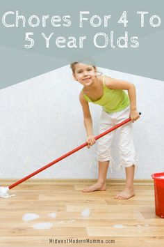When talking to friends, I often heard that they don't know what chores their children should be doing so I put together a list of age-appropriate chores for 4-year-olds! These chores really work well for preschoolers, 4-year-olds, and 5-year-olds. Age Appropriate Chores, 4 Year Olds, Best Mom, Parenting Advice, 5 Years, Fun Activities, Lesson Plans, Homeschooling, Children