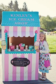 Here is Kinley's fabulous cardboard ice cream shop that she built for her school project. Kinley's class is creating a town where each child has to build and run their own business. Kinley choose an ice cream shop for her business and she will be selling real ice cream out of it to her classmates…