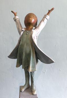 Bronze sculpture / brons made by Babke Moelee Bronze Sculpture, Statues, Sculptures, Bird, Animals, Animales, Animaux, Birds, Effigy