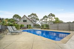 YOUR HORSES WILL LOVE IT HERE oh… AND THE FAMILY TOO      CONTACT THE AGENT:    Darren Ryder on  021 307 014