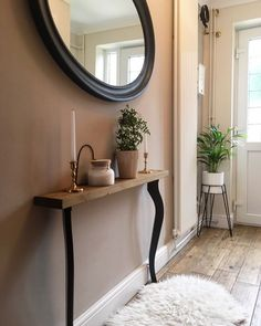 Foyer decorating – Home Decor Decorating Ideas Small Entryways, Small Hallways, Decor Room, Living Room Decor, Bedroom Decor, Home Decor, Foyer Decorating, Interior Decorating, Interior Design