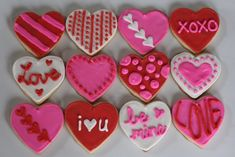 Valentine's Day Cookies (with link to Annie's Eats fantastic sugar cookie recipe and royal icing recipe and tips). My Funny Valentine, Valentines Day Cookies, Valentines Day Food, Valentine Treats, Valentines Baking, Birthday Cookies, Valentine's Day Sugar Cookies, Sugar Cookie Frosting, Royal Icing Cookies