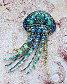 Best 12 Feather brooches by Evgenia Vasileva. Bead embroidered and fringed – Japanese seed beads, firepolished crystals, nmetal findings. Bead Embroidery Tutorial, Bead Embroidery Patterns, Bead Embroidery Jewelry, Beaded Embroidery, Beading Patterns, Bracelet Patterns, Beading Tutorials, Stitch Patterns, Hand Jewelry