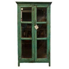 Lasiovinen vihreä kaappi China Cabinet, Building A House, Storage, Windows, Furniture, Home Decor, Purse Storage, Decoration Home, Chinese Cabinet