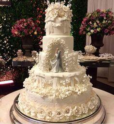 Quando o topo do bolo não é bem no topo...rs...