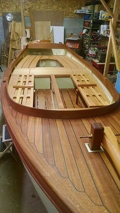 Launch of Rumsey - yet another Kurylko Myst beach cruiser - in glued lapstrake Link to wooden boat forum. Yacht Design, Boat Design, Wooden Sailboat, Sailing Dinghy, Runabout Boat, Wooden Boat Building, Wood Boats, Wooden Ship, Yacht Boat