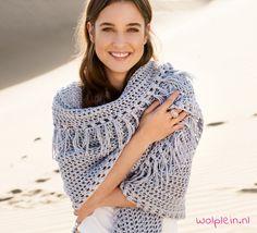 Een omslagdoek haken? Deze Only Cotton omslagdoek is het perfecte item voor de nazomer en herfst! Ga aan de slag met het gratis haakpatroon op ons blog!