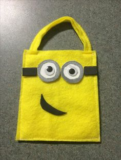 Minion party bags made from felt and foam