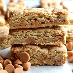 Butterscotch Blondie Bars, soft, chewy, and sweet, are like hand-held comfort! This Time Saver Recipe is quick and easy for gifts and care packages too!| themondaybox.com