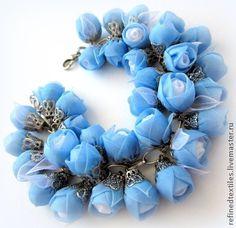 Прохладное утро. Браслет. Цветы из ткани - голубой,голубой браслет,небесно-голубой