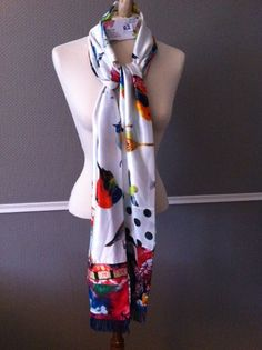 Handmade scarf Made by Keet from satin-silk made out of several fabrics. 200 x 28 cm cm