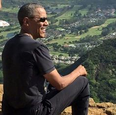 What a view...Of a great President http://www.99wtf.net/men/mens-fasion/mens-urban-trouser-2016/
