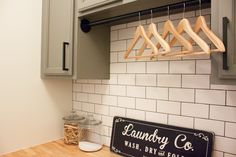 14 Small Laundry Room Ideas That'll Make You Swoon – Laundry Room İdeas 2020 Compact Laundry, Tiny Laundry Rooms, Farmhouse Laundry Room, Laundry Closet, Laundry Area, Laundry Cabinets, Folding Laundry, Hanging Bar, Modern Farmhouse