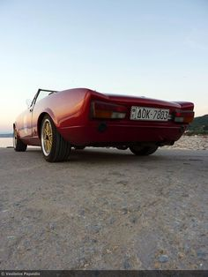 Fiat 124 Sport Spider, Fiat 124 Spider, Cool Gear, Photography And Videography, Spiders, Rally, Classic Cars, Automobile, Vehicles