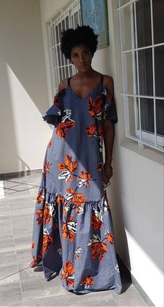 A bit more fitting for my shape at the bodice African Maxi Dresses, Ankara Dress Styles, African Fashion Ankara, Latest African Fashion Dresses, African Print Fashion, African Attire, African Wear, Africa Fashion, Moda Afro