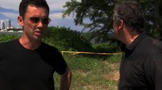 "Burn Notice 4x14 ""Hot Property"" - Michael Westen (Jeffrey Donovan) & Sam Axe (Bruce Campbell)"