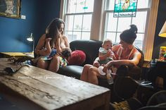 22 Candid Photos That Show How Beautiful Breastfeeding Really Is