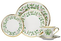 Holiday Dinnerware Set 12 Piece Serves 4 Lenox Bone China Christmas Plates Mugs Christmas Dinnerware Sets, Lenox Christmas, Christmas China, Christmas Plates, Christmas Time, Christmas Decorations, Yule, China Sets, Holiday Themes