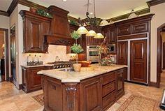 Traditional Kitchen with Travertine Mart 18 x 18 Honed & Filled Medium Travertine Tile, Undermount sink, Limestone Tile